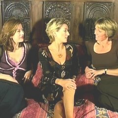 Left to Right: Alison Thomas, Jo Thomas and Alison Bell in the 'Hill's Angels In Conversation' Featurette